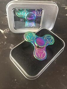 Fidget spinners - metal rainbow, glow in the dark & more