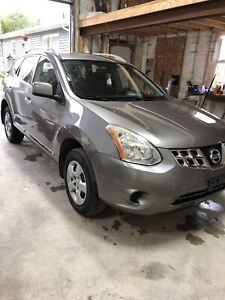 2011 Nissan Rogue AWD sell or trade