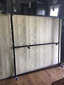 Queen Size Thin Box Spring and Metal Frame