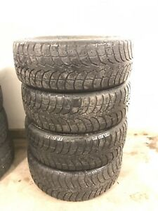 4 - 205/55R16 Winter Claw Extreme Grip Tires