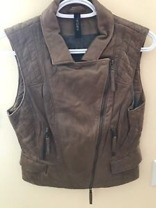Leather vest Marccain