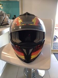 Motorcycle helmet Bligh Park Hawkesbury Area Preview
