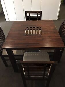 Dining table & chairs - almost new, hardly used Maribyrnong Maribyrnong Area Preview