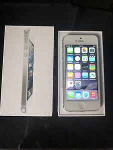 iPhone 5 White 64KB Unlocked