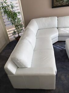 Plush Melbourne Modular Sofa - White Leather Lounge Bargain!!! Castle Hill The Hills District Preview