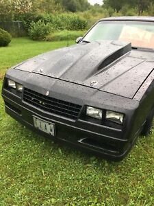 1986 Monte Carlo as and parts lots