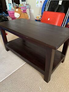Coffee table with end tables set