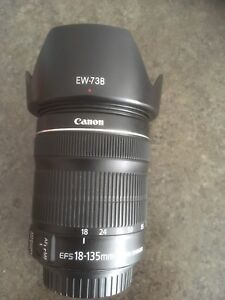 Canon EFS 18-135mm lens With image stabilizer