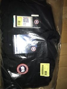 Canada Goose Black freestyle vest - Men's XL