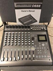 Korg D888 digital 8 track recorder ***MINT***