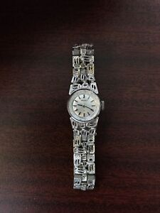 Vintage women's Seiko watch