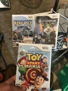 Nintendo wii with one controller 4 games