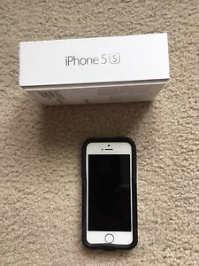 iPhone 5s, silver 16G, unlocked