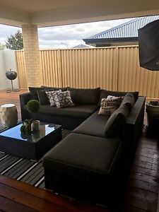 Wicker outdoor setting Southern River Gosnells Area Preview