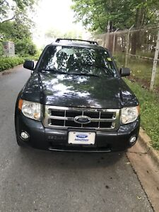 2008 Ford Escape XLT.Limited.Fully Loaded.AWD. Low KM