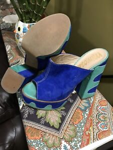 BIG FEET. High End Designer Shoes. Mimosa. Size 10/11.