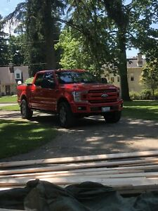 Looking for topper Ford F-150 2015-2019 model 5.5 foot box