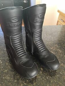 Women's Motorcycle Boots - size 7