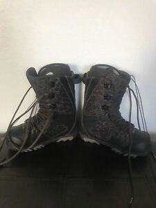 Thirty Two Prion Snowboarding Boots size 7