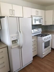 APPLIANCE PACKAGE IN VERY GOOD CONDITION!!
