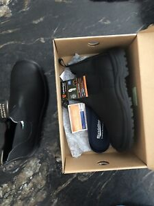 Blundstone green patch boots