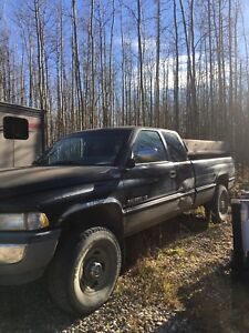 1997 dodge 3/4 ton with heavy duty springs