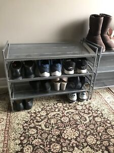 6 levels metal shoe rack in silver color.
