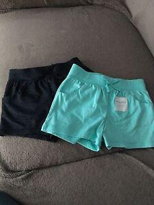 2 Shorts fille 18-24 mois