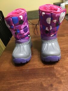Hot Paws toddler winter boots size 6