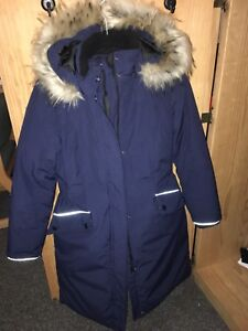 Winter coat/ Parka size small