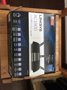 Linksys AC 1900 Dual Band Smart WiFi Router