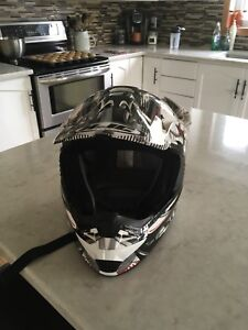 HJC helmet (snow) with Oakley goggles