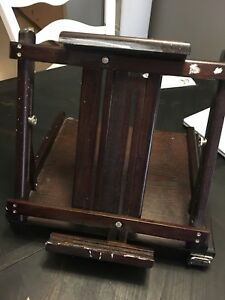 Solid table top easel