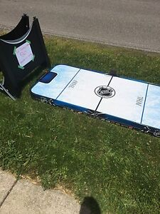 Air hockey table (pick up only)