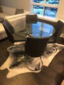 Dining Room Set - Modern