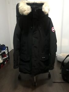 Canada goose prka mens size XS