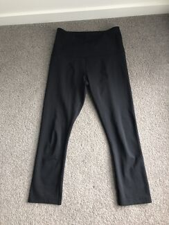 Lorna Jane 'Nothing 2 C Here' Tights Size S