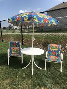 Kiddie lawn chair set