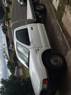 1999 Ford Courier