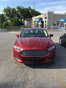 2014 Ford Fusion SE LOW KMS GREAT CONDITION!!