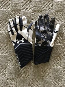 Under Armour Football Gloves