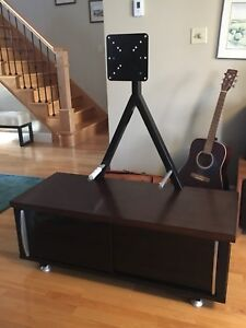 TV Stand / Entertainment Stand / Media Console Reduced price.