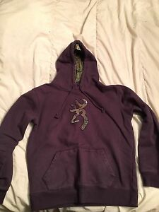Women's browning sweater