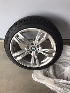 """BMW Toyo G3 Ice Winter Tires 18"""" Almost NEW"""