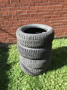 Winter tire (225/60/R16)