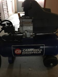 Compressor ( Excellent Condition ) 1.0 HP 5.5 Gallon Steel Tank.