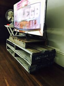 Vintage retro rustic pallet TV cabinet Bondi Eastern Suburbs Preview