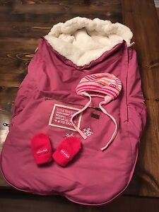 Winter car seat pouch for baby girl