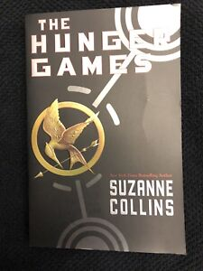 The Hunger Games ( Suzanne Collins )
