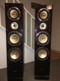 POWERFUL 300 watt RMS home theatre speakers!!